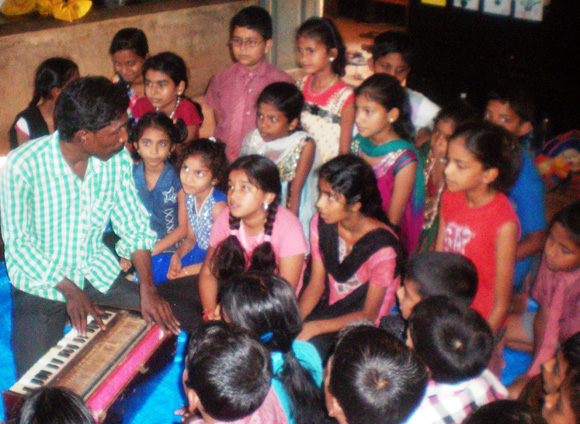 Students of 8th and 9th grade of Government High School, Kundapur explore poetry,  as part of Sadanand Byandoor's project