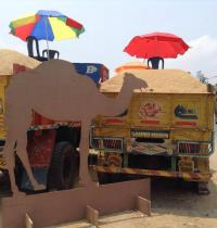 Project 560: Intervention by the 080:30 Collective at Nayandanahalli Junction, Mysore Road